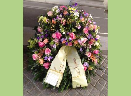 Helenas Blumen am Markt Kranz